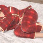 ポーズ「横寝 まるまり」追加!寝正月ってのもいいですね!